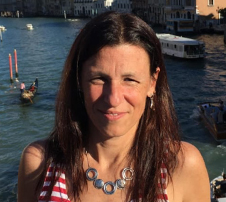 Dr. Lisa Tarragona MV